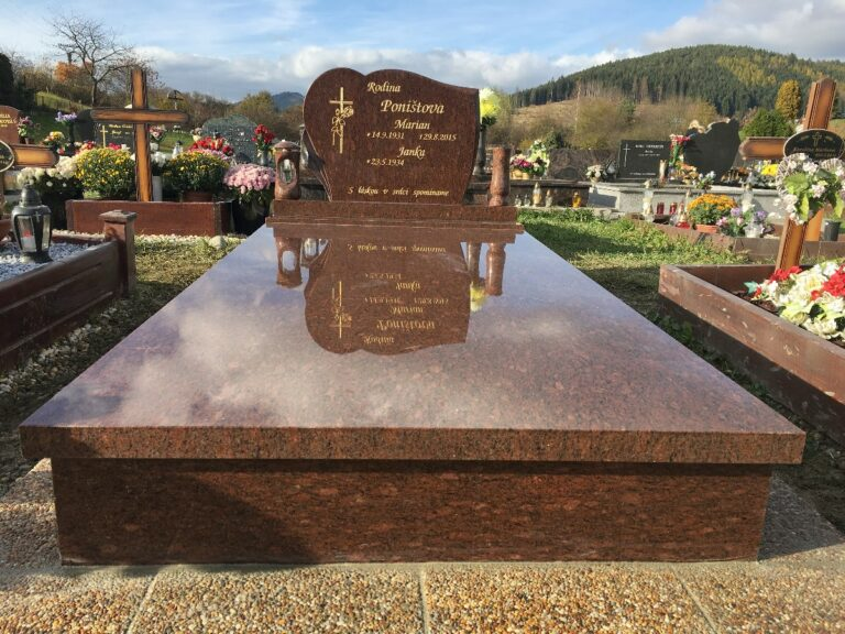 Realizácia a návrh hrobov, pomníkov a náhrobkov z prírodného kameňa v Žiline a okolí   Kamenárstvo Puškár